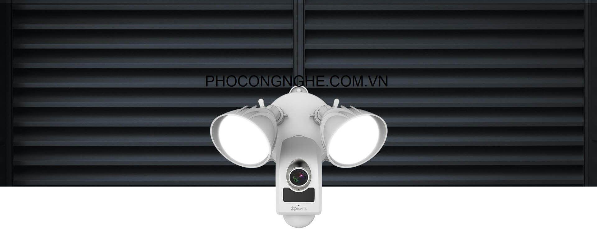 Camera wifi ngoài trời Ezviz CS-LC1-A0-1B2WPFRL tích hợp đèn chiếu sáng
