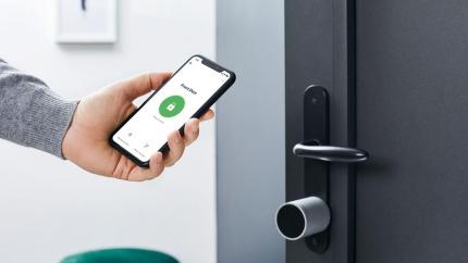 Khóa cửa thông minh có thực sự bảo vệ ngôi nhà của bạn 24/7?